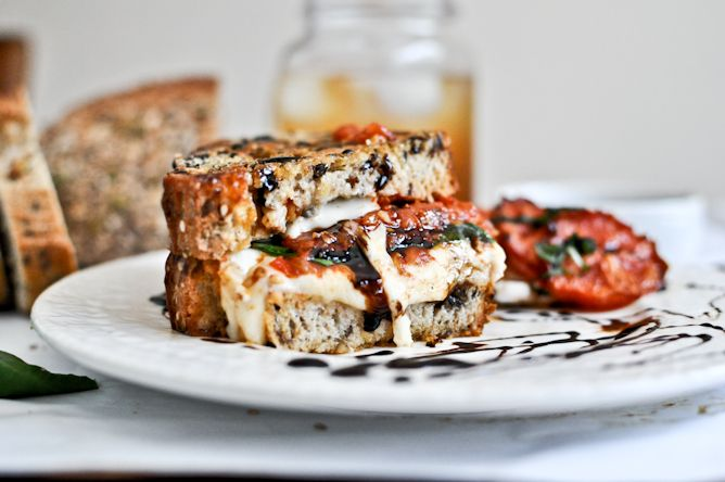Roasted Tomato Caprese Grilled Cheese with Balsamic GlazeGrilledcheese, Recipe, Roasted Tomatoes, Tomatoes Caprese, Food, Caprese Grilled, Grilled Cheese Sandwiches, Grilled Cheeses, Balsamic Glaze