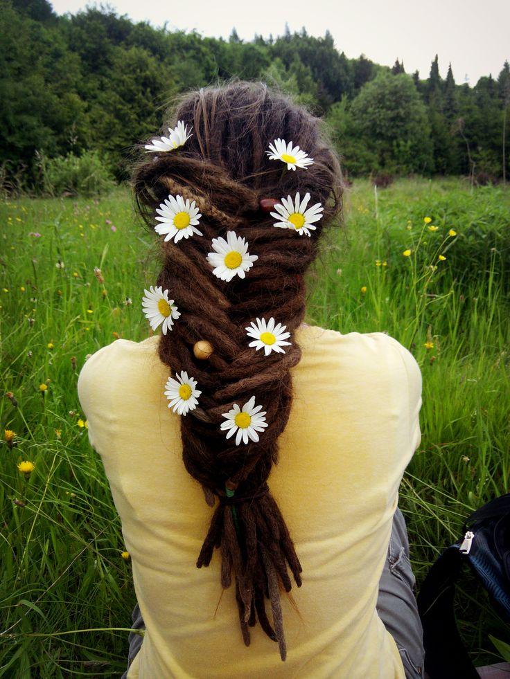 Flowers in hair #dreadlocks #flowers #nature