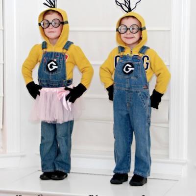 Despicable Me Minion Costumes {halloween costume ideas}