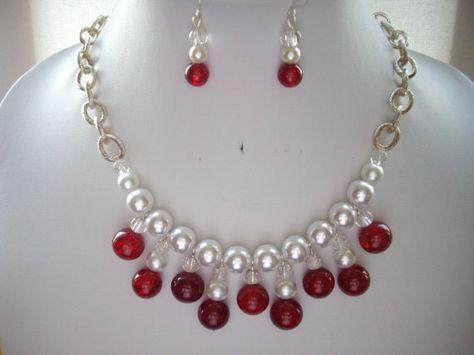 Vintage blanco perla rojo crepitar ágata y por DesignsbyPattiLynn, $55.00