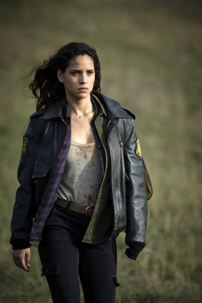 """""""Emerald City"""" No Place Like Home Adria Arjona/Dorothy getting ready to kick some serious tail in the finale battle scene.  She is a great actress.  There are some seriously hot actors in this show."""