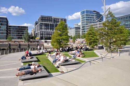 Set up the public space in the center of urban housing