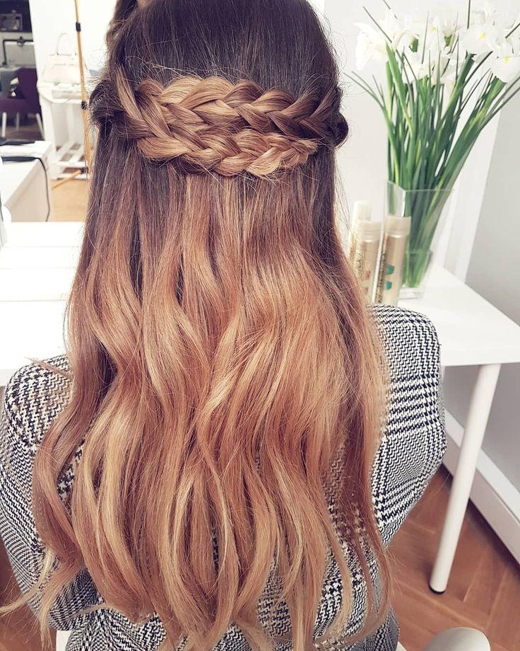 Pamiętacie tę piękność?  Tutorial jest już na @wellapolska!  wpadajcie koniecznie bo ta fryzurka będzie idealna na nadchodzące święta  . . . #hairbyme #hairbyjul #wella #wellaacademypl #wellapolska #haircoach #wellaflex #longhair #hairstyle #hairart #hotd #hairoftheday #hairofig #instahair #hair #hairofinstagram #style #hairfashion #hairtrends #hairideas #braids #braidsofig #braidoftheday #hairgoals #longhairdontcare #ombre #sombre #hairstyles