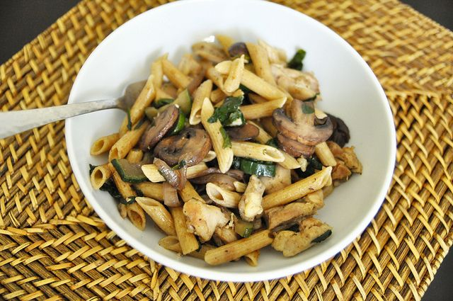 create.live.design - Mushroom Penne with Spinach and Chicken Thighs