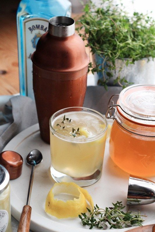 The Bees Knees Cocktail. Lemon, honey, gin, what's not to like? Try it this…