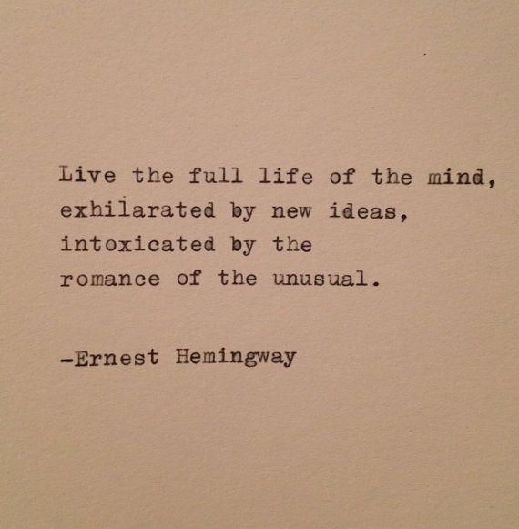 Citation de Hemingway tapée à la machine à par WhiteCellarDoor, $9.00