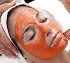 How to get rid of pimples on forehead with tomato mask http://www.definehealthplan.com/how-to-get-rid-of-pimples-on-forehead-fast-naturally/
