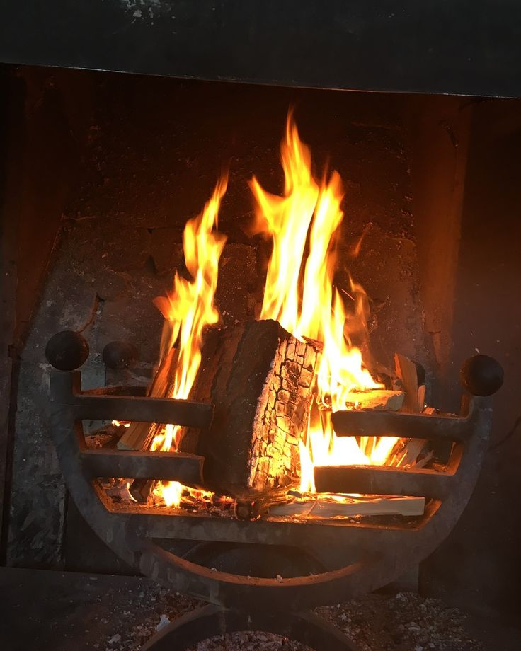 Were open everyday fires roaring serving cakes and pastries from 11am. #stanmerhouse #proudcountryhouse