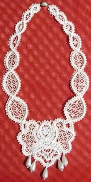 machine embroidery jewelry designs