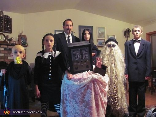 The Addams Family - Halloween Costume Contest at Costume-Works.com  sc 1 st  Pinterest & The 17 best Halloween 2014 images on Pinterest