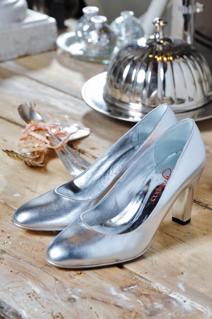 Model Peggy silver