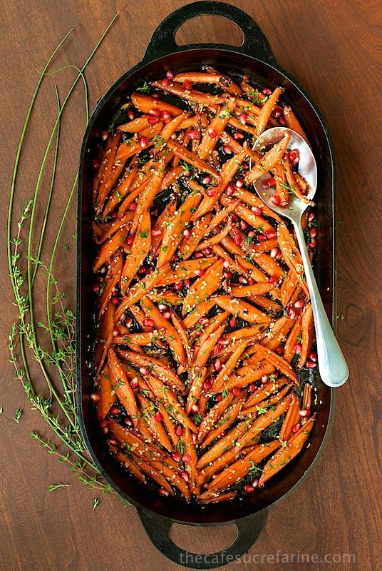 Honey Maple Roasted Carrots - these are like candy, everyone always wants second helpings! This recipe definitely transforms everyday carrots into something spectacular! | The Cafe Sucre Farine
