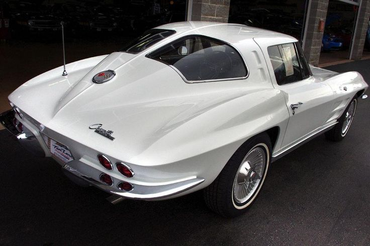 1000 ideas about 1967 corvette stingray on pinterest for 1967 corvette stingray split window