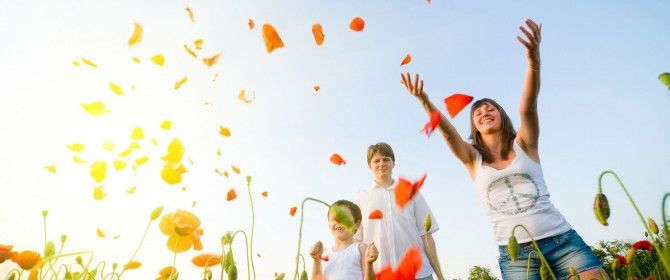 People_Different_people_Family_Happiness_026542_-670x280.jpg (670×280)