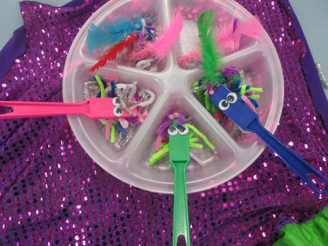 Gluing eyes on these magnet wands and using cut up pipe cleaners can make the best crazy faces