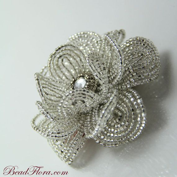 """French Silver Goddess beaded flower--This pinner has a lot of beaded flowers on her board """"Crafts"""""""