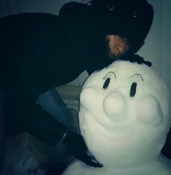 [Champagne]川上洋平2014/2/12「Challenge ラヂヲ」お聞きいただいた皆さん、ありがとうございました! 番組内にて4/13(日)Zepp Fukuoka公演のチケット先行予約を受け付けていますのでそちらも是非!!そしてこの前の雪でこれ作った。洋平