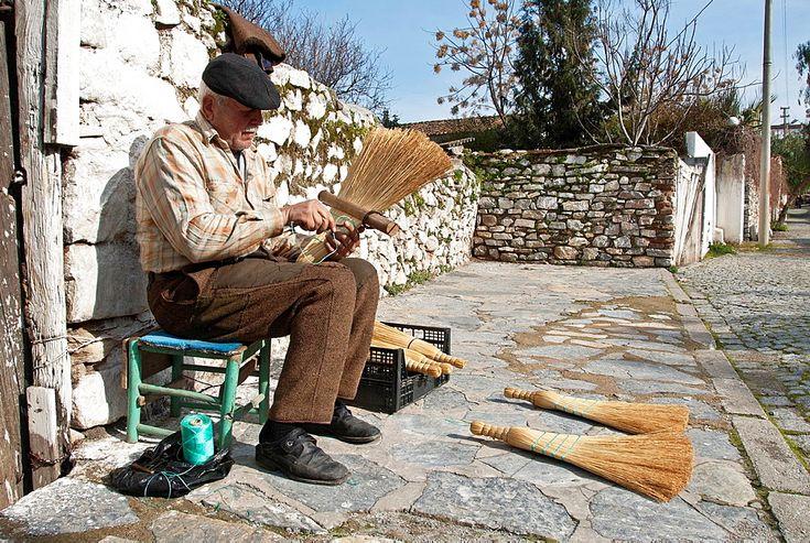Traditional Broom Maker, Selcuk