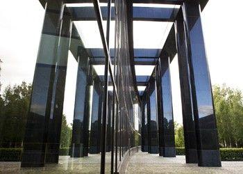 UB Oslo: Naturstein i fasader er levert av Naturstein Montering AS på Sundvollen i Hole Kommune