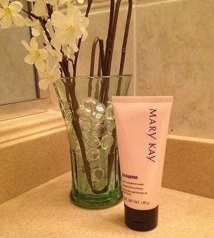 Treat yourself to a little R&R and pamper your skin with the Mary Ka® TimeWise Even Complexion Mask!  Contact me to get it: www.marykay.com/LaShon