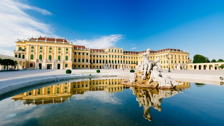The Chicest European Shopping Cities - Tour Amigo http://www.touramigo.com/european-shopping-cities-top-5/