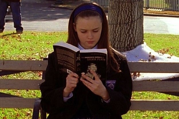 """I live in two worlds, one is a world of books."" According to Australian writer Patrick Lenton, these are all the books that were mentioned in the entire Gilmore Girls series."