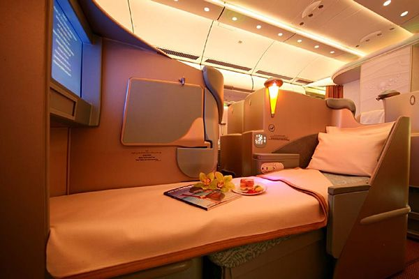 I want to fly like this once! and If you feel a bit stiff, you can select one of three built-in massage options.