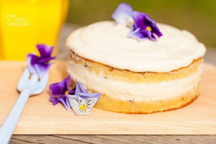 Sitruuna-laventelikakku