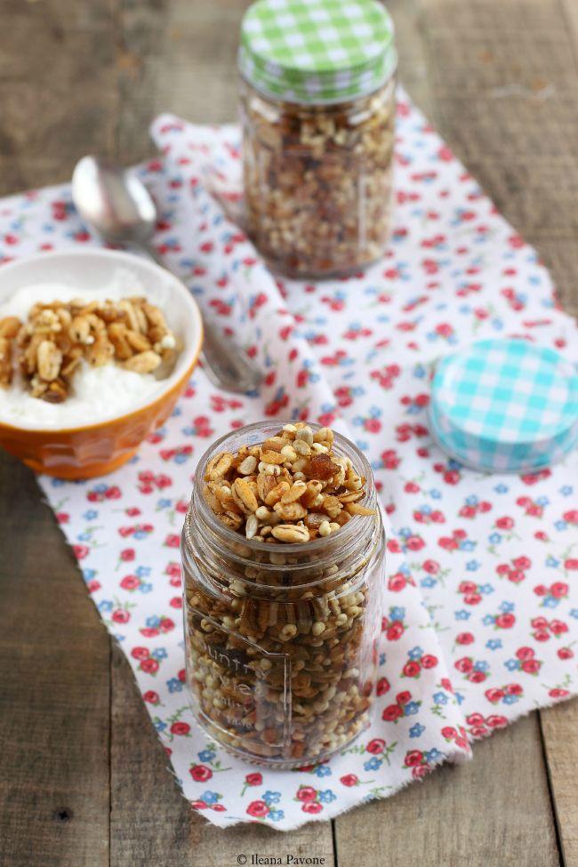 Granola homemade ai cereali soffiati, vegan e senza zucchero
