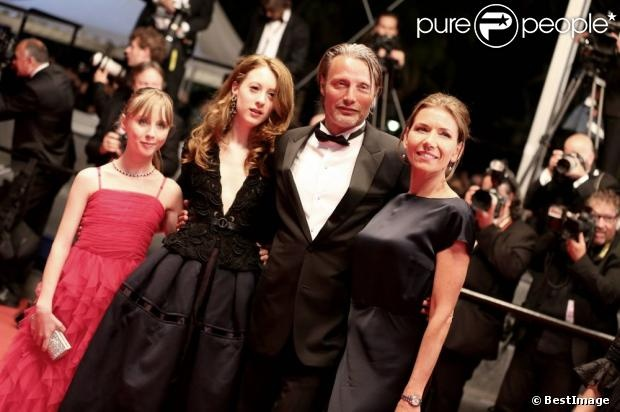 2nd from left : Roxane Duran <3  in Cannes