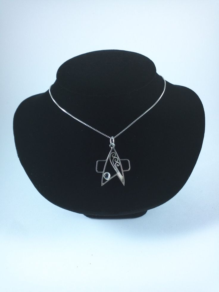 Star Trek Necklace, I might just have to get this for my favorite girl @Lara Asbury