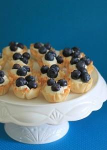 No Bake Blueberry Mini Cheesecake Tarts