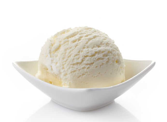 La ricetta facile per preparare un gelato al latte di riso senza panna goloso che piace a tutti