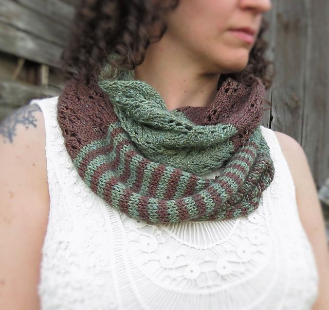 492 best cowls infinity scarfs images on pinterest cowls flora fauna cowl pattern by kelly mcclure fandeluxe Choice Image
