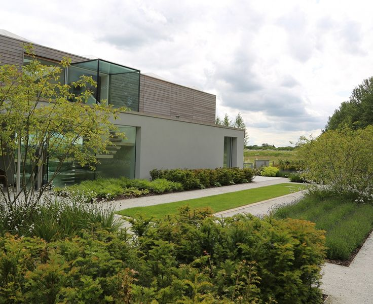 Short-listed for the RIBA House of the Year Awards this unique contemporary house sits on a ridge facing the South Downs. In a spectacular setting such as this it is...