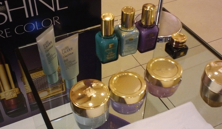 Social Wardrobe: Estée Lauder Beauty Experience & Glamour Meet Up
