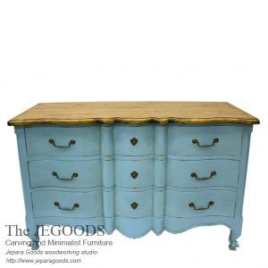 Jegoods Woodworking Studio produced antique shabby painted furniture. Chest of Drawer Rustic Shabby Creative Color Furniture Indonesia export wholesale.   #paintedfurniture #frenchfurniture #mahoganyfurniture #antiquefurniture #britishfurniture #provincialfurniture #shabbychicfurniture #indonesiafurniture