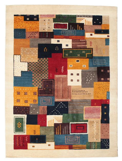 Ces très beaux tapis sont réalisés par des nomades des provinces de Kashkai et du Loristan, au sud-ouest de l'Iran.  Ces tapis sont bien connus pour leurs motifs primitifs et naïfs, certains présentant un style plus moderne.