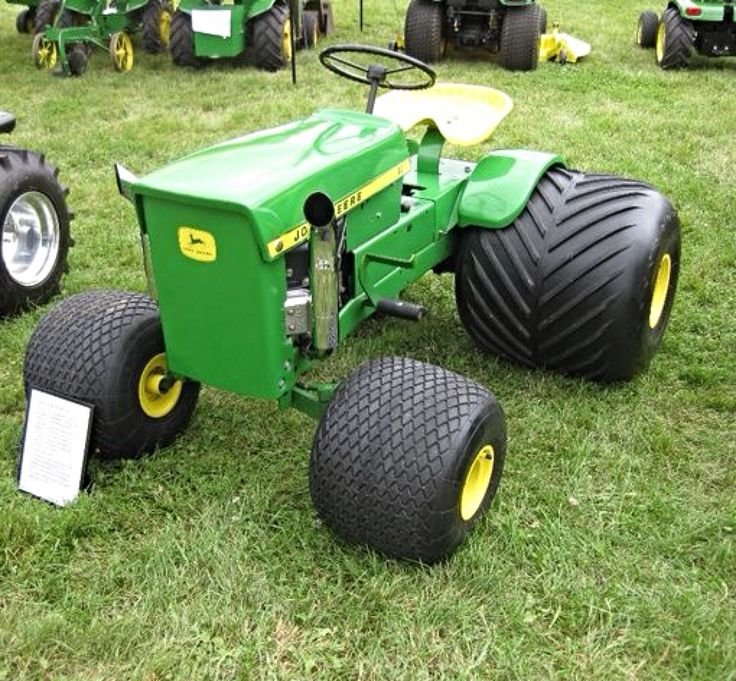 JOHN DEERE. This is cool!!