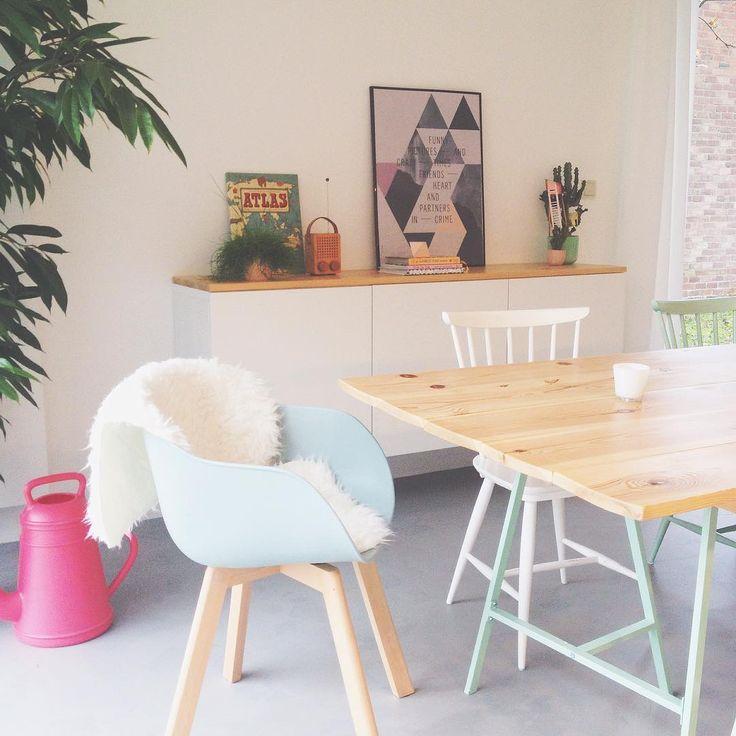 #kwantuminhuis Stoel NEW YORK > https://www.kwantum.nl/meubelen/stoelen/meubelen-stoelen-eetkamerstoelen-kuipstoel-new-york-groen-1323024 @julievanhuffel