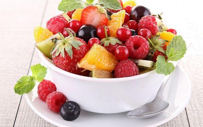 Fructe cu conţinut redus de zahăr, recomandate diabeticilor şi celor care ţin cură de slăbire