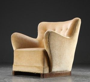 Lot: 4679337Overpolstret lænestol, dansk møbeldesign, ca. 1940