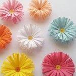 Flores bonitas de papel crepe