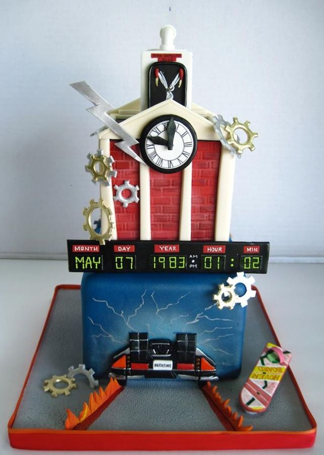 Back To The Future Cake. OH MY GOSH I CAN'T EVEN. <3