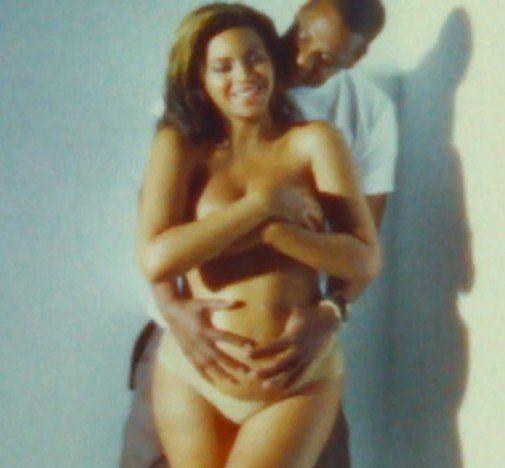Beyonce Bares Naked Baby Bump, Puts End to False Pregnancy Rumors