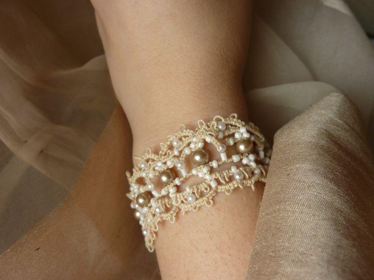 encaje y perlas tatted pulsera para la novia Por MJsflowerfield