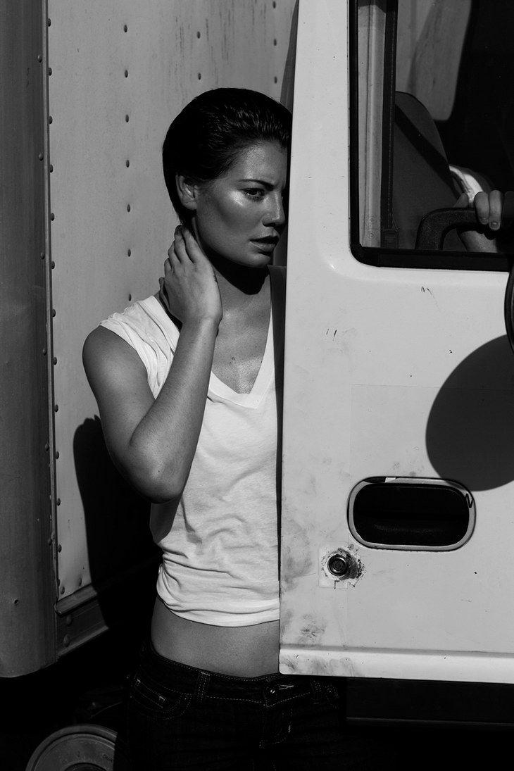 Julia Savage by Toni Smailagic