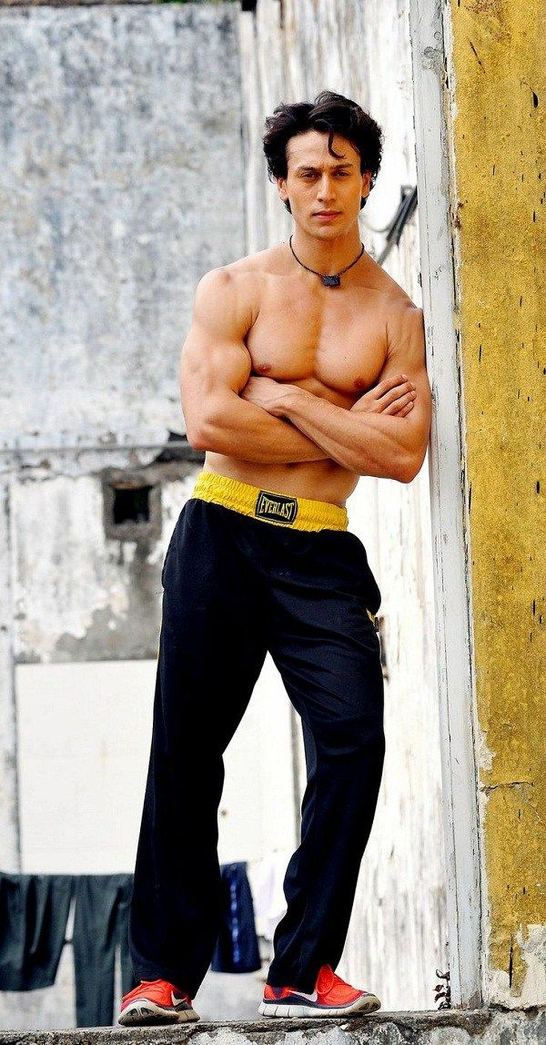 Tiger Shroff Height, Weight, Biceps Size