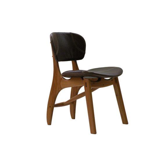 Rê Armchair by Fernando Mendes | Available at ESPASSO. #home #casa #stool #design #decor #interiordesign #homedecor #brazil #newyork #Tribeca #Espasso #wood #chair #armchair