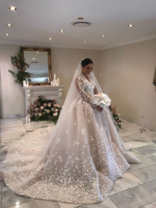 Custom Wedding Dresses And Bridal Gowns From The Usa Wedding Dresses Bridal Dresses Mermaid Bridal Gowns